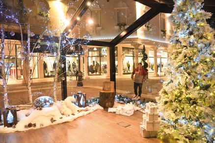 Outlet Village: Your White Christmas - VDG Magazine
